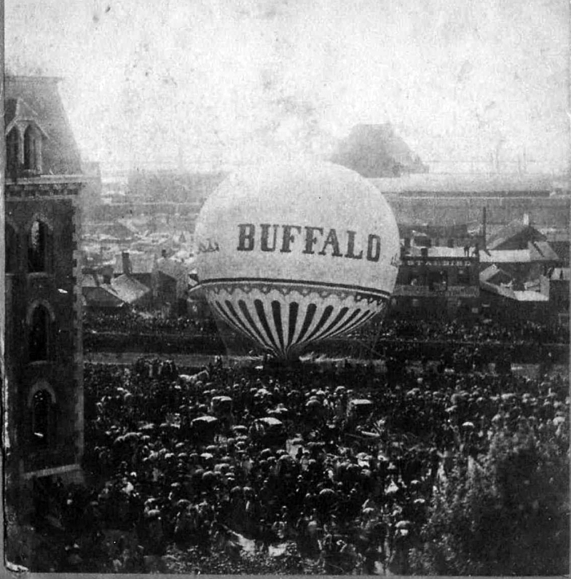 Buffalo balloon ascension